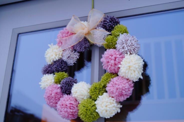 pom pom wreath3